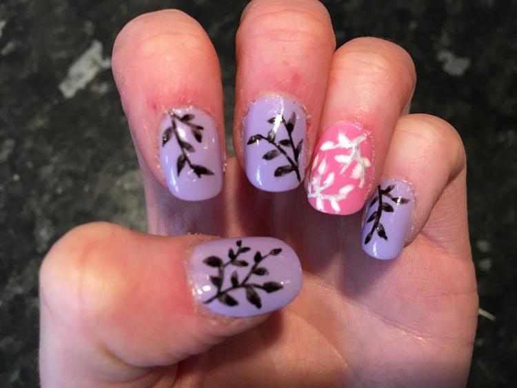 lilac nails.jpeg
